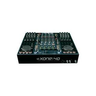 ALLEN & HEATH XONE 4D: Elektronik