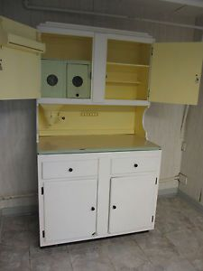 Kitchen Cabinet With Flour Mill