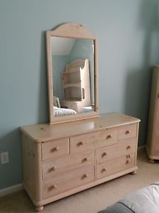 ... Thomasville Bedroom Furniture Set Ribbon And Bows First Impressions ...