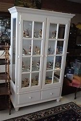 Largetwo Door Lighted Display Wood Panel Glass Style Curio Display Cabinet White