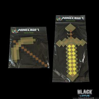 New RARE SDCC 2013 Minecraft Gold Foam Pickaxe Sword Set  Exclusive
