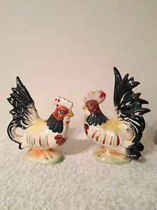 Vintage Adorable Home and Garden Home Decor Rooster Chicken Kitchen Figurines