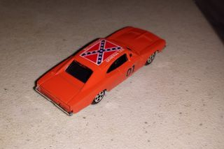 Vintage 1981 Ertl Dukes of Hazard General Lee Diecast Car 1 64
