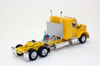 KK Tonkin Kenworth T800 Sleeper Cab w Custom Headache Rack 1 53 Scale Tractor