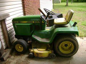 John Deere 318 Garden Tractor with Mower Deck John Deere Lawn Tractor No Reserve