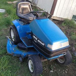 Ford New Holland LS 45 H Lawn Tractor Mower with 48 inch Deck for Parts