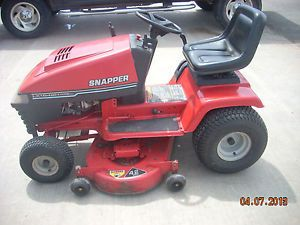 "Snapper Riding Lawn Tractor 16HP 42"" Cutting Deck Very Nice Mower"