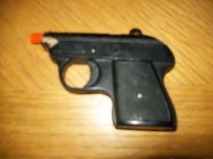 Vintage Mondial 22 Cal Auto Ejector Starter Pistol Cap Gun Toy