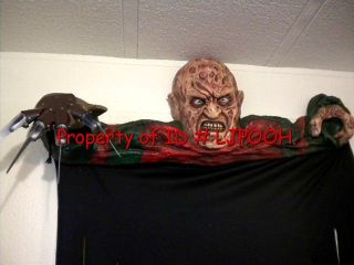 Lifesize Freddy Krueger Nightmare Figure Wall Mount Halloween Door Topper Prop