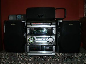 Aiwa NSX MT920 Home Theater Stereo System Karaoke 3 Disc 3 Speaker Remote