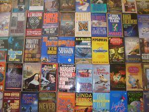 """Mystery Paperback Books """"10 Pound Lot"""""""