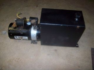 Monarch 12 Volt Hydraulic Pump and Tank Assembly