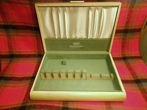 Vintage 1847 Rogers Bros Silver Plate Flatware Wood Storage Chest