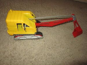 Vintage Hubley Steam Shovel Cat Tractor Toy