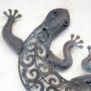 Decorative Bronze Metal Finish Lizard Home or Garden Wall Art New Free P P