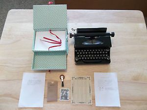 American Girl Kit Typewriter Set w Stationary Box and Accessories