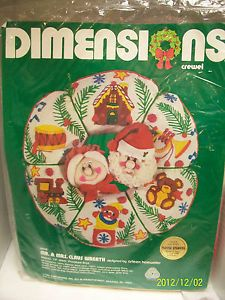 """Dimensions Crewel Embroidery Kit """"Mr Mrs Claus"""" Wreath Puffie Stuffns SEALED"""