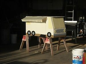 2 Foot Cameron's Moterhome Dog House Plans