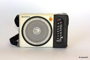 RARE Sony ICF S75W FM Am 2 Band Am FM Portable Sports Radio Working