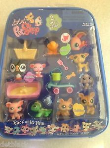 Littlest Pet Shop 10 Pack Lot Peguin Reindeer Cat Dog Frog Fish Carry Case Tote