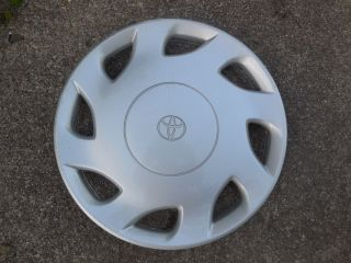 "15"" 1998 99 00 Toyota Sienna Hubcap Wheel Cover 61099 Very Nice"