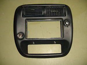 95 96 97 98 99 00 01 Ford Ranger Radio Dash Bezel w 2WD Dual Lighter