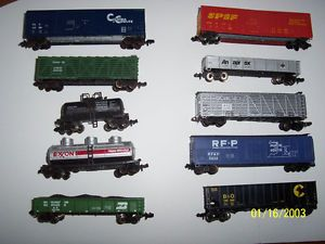 Mixed Lot 10 Vintage N Scale Freight Cars