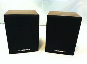 Pair Vintage Pioneer CS X500 Q Home Theater Surround Sound Bookshelf Speakers