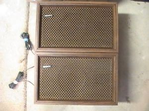 Vintage Sony 2 Way Speaker System SS 610 Good Condition Bookshelf Speakers