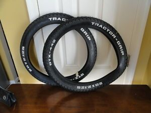 Old School BMX Muscle Bike Raised White Letter Tractor Grip Tires GTX 442