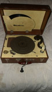 Vintage Fleetwood Portable Hand Crank Phonograph Record Player