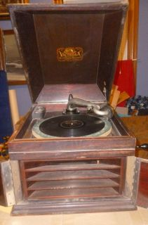 Antique 1913 Victor Victrola VV IX Hand Crank Phonograph Table Top Record Player