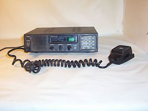 Realistic Radio Shack TRC 434 Navajo 40 Channel CB Base Station Radio