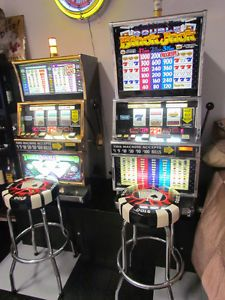 Slot Machines IGT Triple Double Diamond and Double Blackjack w Stands Stools