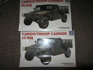 2 Complete Kits Lee 1 35 Scale Cargo Troop Carrier M 998 Plastic Model Kits