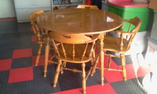 """4 Ethan Allen Vintage Dining Room Chairs and Table with 10"""" Leaf"""