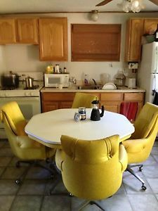 Retro 70s Style Dining Room Table and Chairs