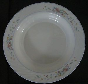 "Arcopal Victoria Pattern China Dinnerware 12 5"" Pasta Serving Bowl France"