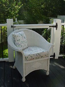 Charming Cottage Vintage Chic Wicker Chair w Custom Made Cushion Shabby Estate