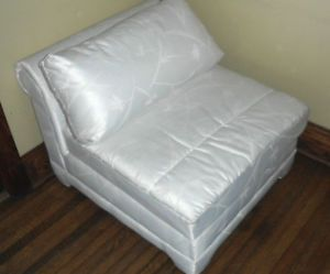 Chaise White Lounge Chair Sofa Couch Living Room Office Bedroom Relax