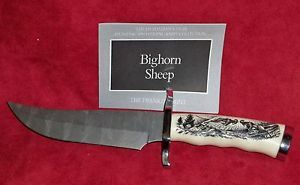 Franklin Mint Sportsman 's Year Hunting Fishing Knife Collection