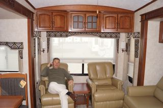 2013 Montana 3725 RL Hot Floor Plan Buy Below Wholesale Fall CLEARANCE