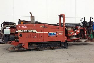 Ditch Witch 4020 2000 with Full Rack of Pipes