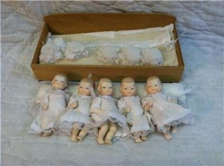 Madame Alexander Dionne Quintuplets Bisque Infant Dolls with Bed Bedding Fine