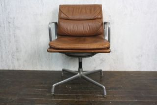 Vintage Eames Herman Miller Tan Leather Soft Pad Group Chair 512