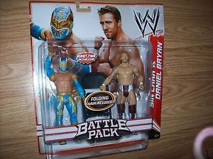 Daniel Bryan Sin Cara WWE Figures Battle Pack w Folding Chair No No No