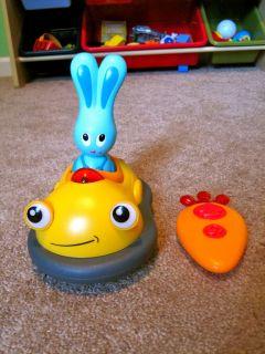 JoJo's Bump Bump Remote Control Car w Carrot Control