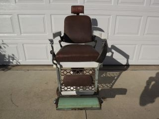 Antique Vintage Berninghaus Barber Chair