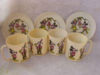 Vintage Plastic Mickey Mouse Goofy Dishes Cups Walt Disney Production