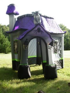 RARE 9' Tall Haunted House Lighted Halloween Airblown Inflatable Nice w Sound